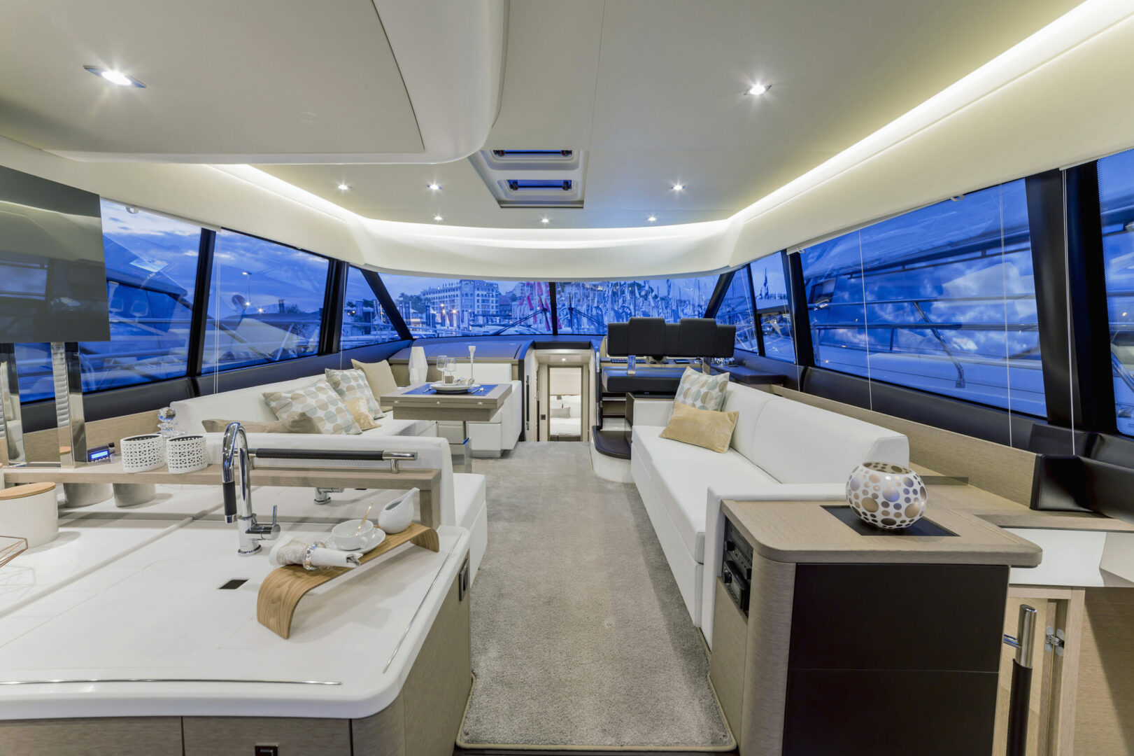 E & M Marine Canvas and Interiors